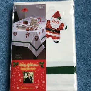 "Holiday Celebrations oblong tablecloth 60"" x 120"""